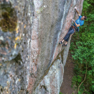 2018 Artvisuell Climbing Calendar 50x70cm April